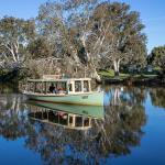 boat river cruise scenic history